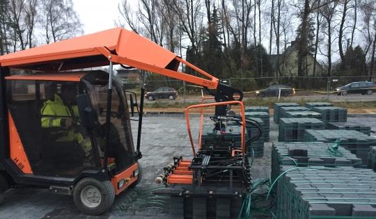 Trinkelių klojimo mašinos nuoma Optimas GmbH H88